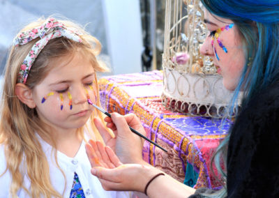 Taylor-face-painting